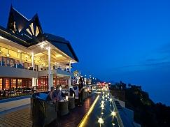 인터컨티넨탈(InterContinental Samui Baan Taling Ngam Resort)